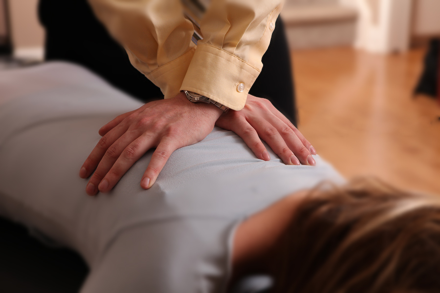 Consider Chiropractic, the Safest Alternative for Back Pain